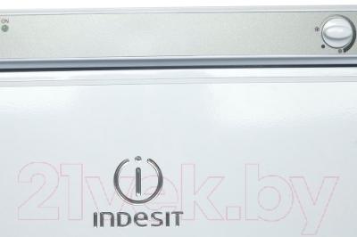 Холодильник с морозильником Indesit ST 167
