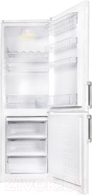 Холодильник с морозильником Beko CS334020