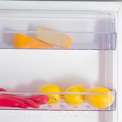 Холодильник с морозильником Beko CN335220X