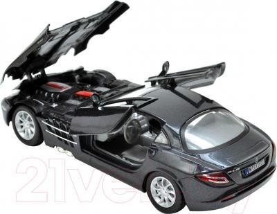 Масштабная модель автомобиля Motormax Mercedes Benz SLR McLaren (73004) - с открытыми дверьми и капотом