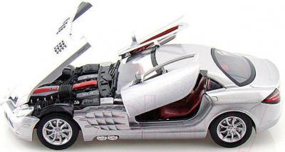 Масштабная модель автомобиля Motormax Mercedes Benz SLR McLaren (73004) - с открытыми дверьми