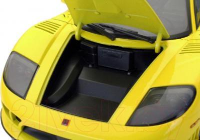 Масштабная модель автомобиля Motormax Saleen S7 Twin Turbo (73005) - капот