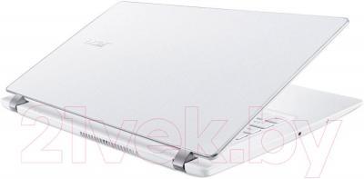 Ноутбук Acer Aspire V3-371-56BT (NX.MPFEU.020) - вид сзади
