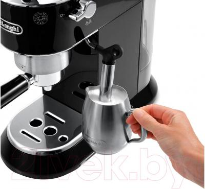 Кофеварка эспрессо DeLonghi Dedica EC 680.BK - каппучинатор