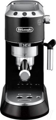 Кофеварка эспрессо DeLonghi Dedica EC 680.BK - вид спереди