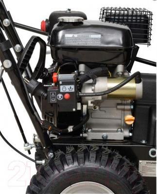 Снегоуборщик Hyundai S5555 - двигатель