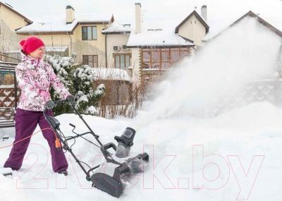 Снегоуборщик Hyundai S400 - в работе