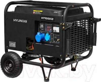 Бензиновый генератор Hyundai HY9000SER - общий вид