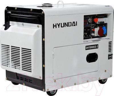 Дизельный генератор Hyundai DHY8000SE-3 - общий вид