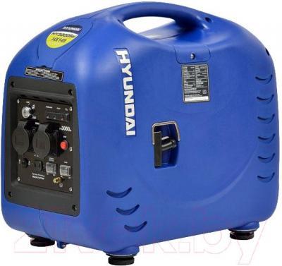 Бензиновый генератор Hyundai HY3000SEI - общий вид