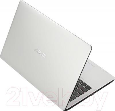 Ноутбук Asus X552MD-SX007D - вид сзади