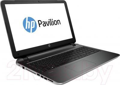 Ноутбук HP Pavilion 15-p077sr (J5A69EA) - вполоборота