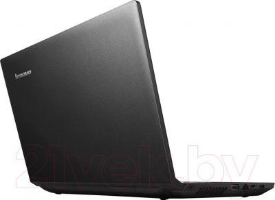 Ноутбук Lenovo B590 (59382014) - вполоборота