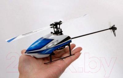 Радиоуправляемая игрушка WLtoys Вертолет V977 - в руке