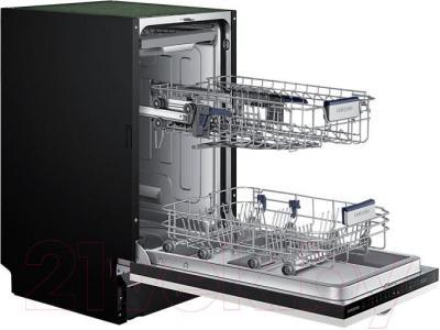 Посудомоечная машина Samsung DW50H4050BB - вид с открытой дверцей