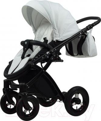 Детская универсальная коляска Tako Alive (Black-White) - прогулочная