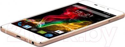 Смартфон Fly IQ4516 Octa (White) - вид сбоку