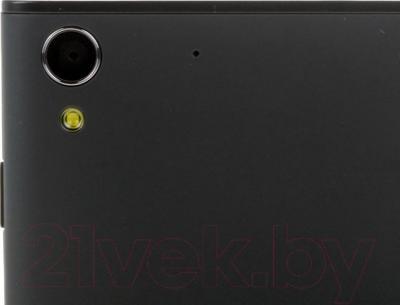 """Смартфон DEXP Ixion Y 5"""" (черный) - камера"""