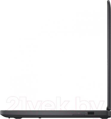 Ноутбук Dell Latitude 5450 (CA023LE5450EMEA_UBU) - вид сбоку