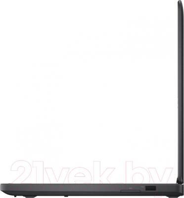 Ноутбук Dell Latitude 5450 (CA038LE5450EMEA_WIN) - вид сбоку