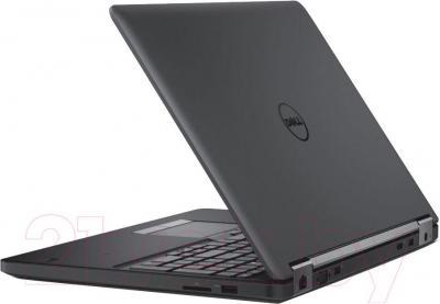 Ноутбук Dell Dell Latitude 5550 (CA017LE5550EMEA_UBU) - вполоборота