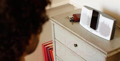 Мультимедийная док-станция Bose SoundDock XT (Gray) - в использовании