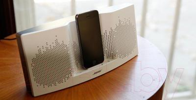 Мультимедийная док-станция Bose SoundDock XT (Gray) - в работе