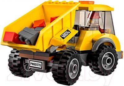 Конструктор Lego City Снос старого здания (60076) - грузовик