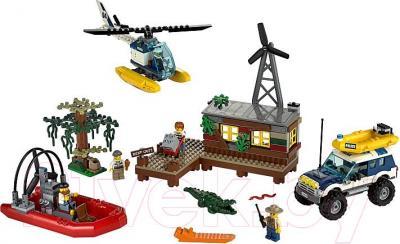 Конструктор Lego City Секретное убежище воришек (60068) - общий вид