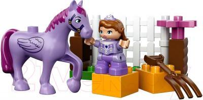 Конструктор Lego Duplo София Прекрасная: королевская конюшня (10594) - общий вид