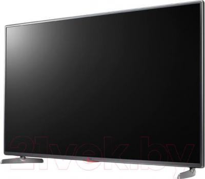 Телевизор LG 42LB565V - вполоборота