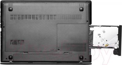 Ноутбук Lenovo G5045 (80E300RJRK) - вид снизу