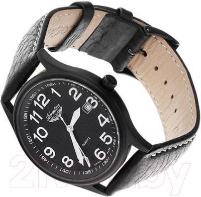 Часы мужские наручные Adriatica A12406.B224Q - вполоборота
