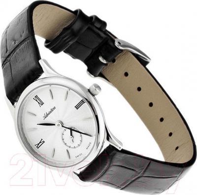 Часы мужские наручные Adriatica A3130.5263Q - вполоборота