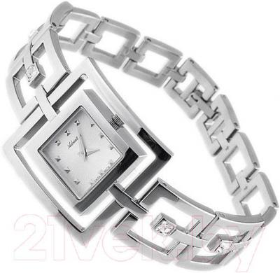 Часы женские наручные Adriatica A3592.5143QZ - вполоборота