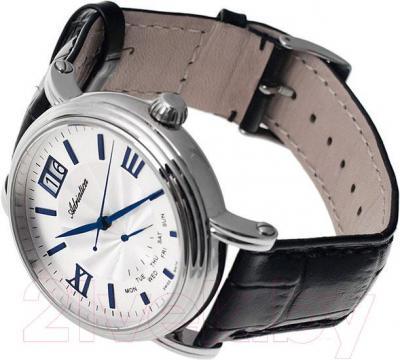Часы мужские наручные Adriatica A8237.52B3Q - вполоборота