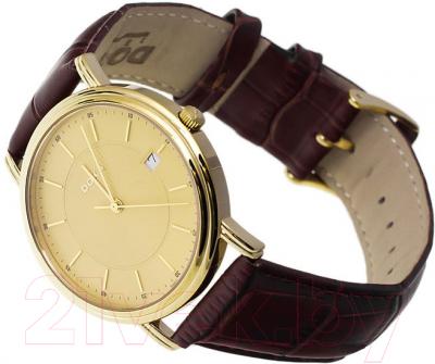 Часы мужские наручные Doxa New Royal Gent 221.30.301.02 - вполоборота