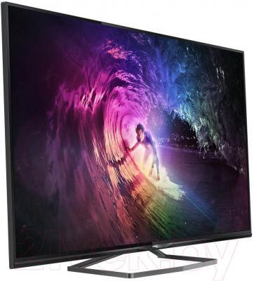 Телевизор Philips 40PUS6809/60 - вполоборота