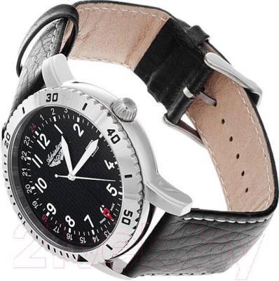 Часы мужские наручные Adriatica A1088.5224Q - вполоборота