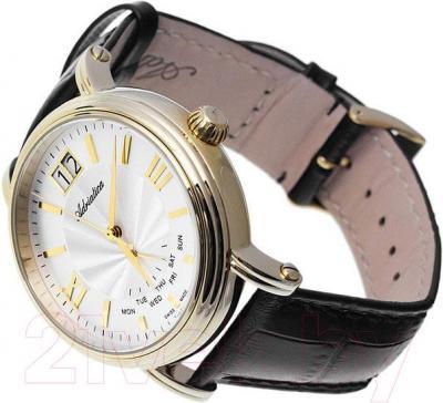 Часы мужские наручные Adriatica A8237.1263Q - вполоборота