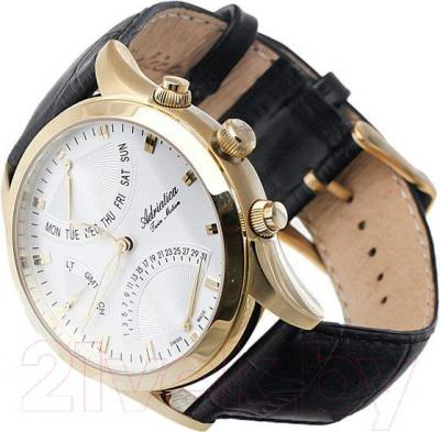 Часы мужские наручные Adriatica A1191.1213CH - вполоборота