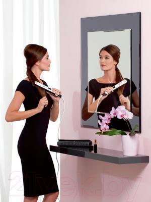 Выпрямитель для волос Rowenta SF7420D0 - в работе