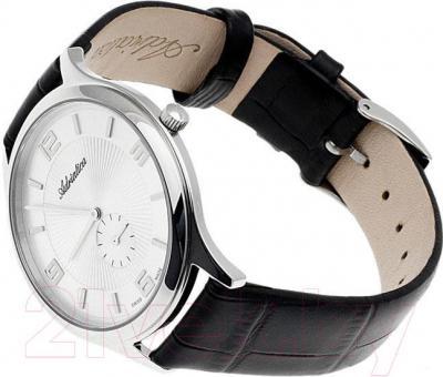 Часы мужские наручные Adriatica A1240.5253Q - вполоборота