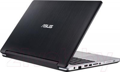 Ноутбук Asus Transformer Book Flip TP300LD-C4048H - вполоборота