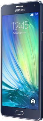 Смартфон Samsung Galaxy A7 / A700FD (черный) - вполоборота