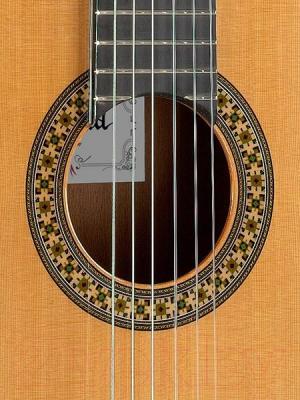 Акустическая гитара Alhambra 4P - резонаторное отверстие