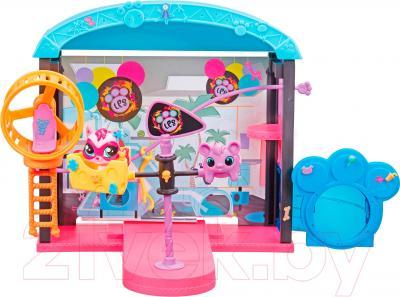 Игровой набор Hasbro Littlest Pet Shop Веселый парк развлечений (B0249)