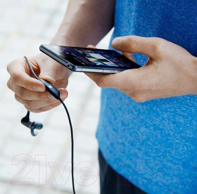 Наушники-гарнитура Sony MDR-AS800BTB - подключение через Bluetooth