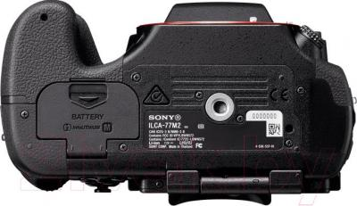 Зеркальный фотоаппарат Sony ILCA-77M2 Body - вид снизу