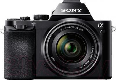 Зеркальный фотоаппарат Sony ILCE-7KB Kit (FE 28-70/3.5-5.6 OSS) - вид спереди